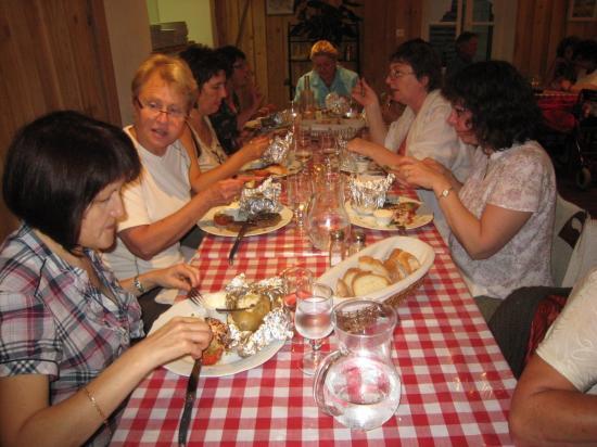 7-Repas de fin d'année à CHAILLAC - en juin 2010