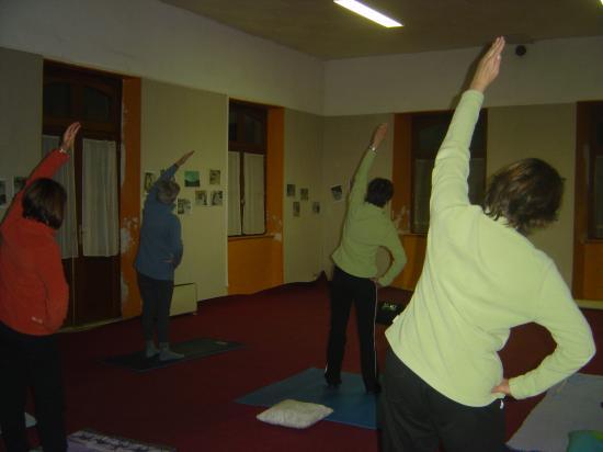 Salle de yoga-CLUIS- la demi-lune