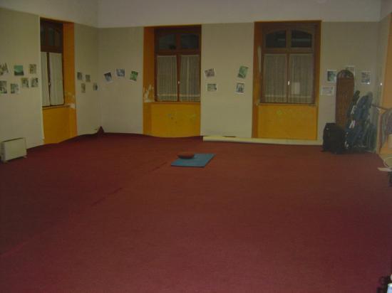 Salle de Yoga à CLUIS