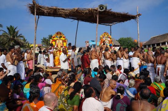 mamallapuram-celebration-de-vishnou-statues-048-1.jpg